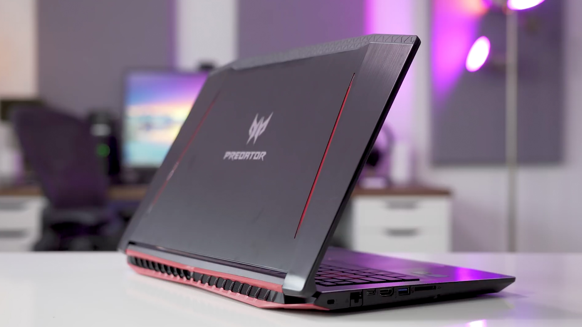 Acer Predator G3 Helio 300: Is It Still Worth It? - Buy Manual